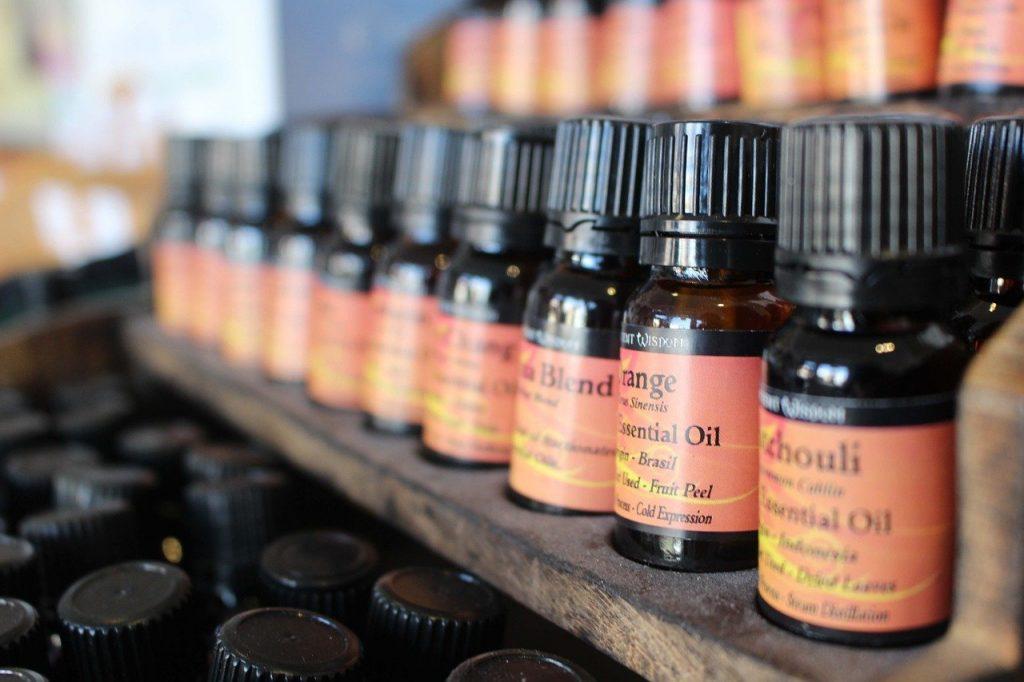 huiles essentielles - Aromathérapie - Olfactothérapie - DB Consult - Médecines douces